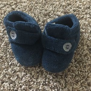 Baby Ugg Slippers size 4/5